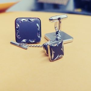 Vintage  Set of Cufflinks with Matching Tie Tack